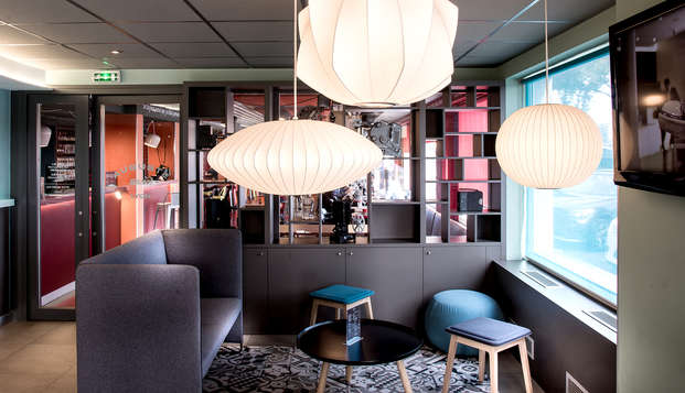 Ibis Styles Lyon Confluence - Lobby