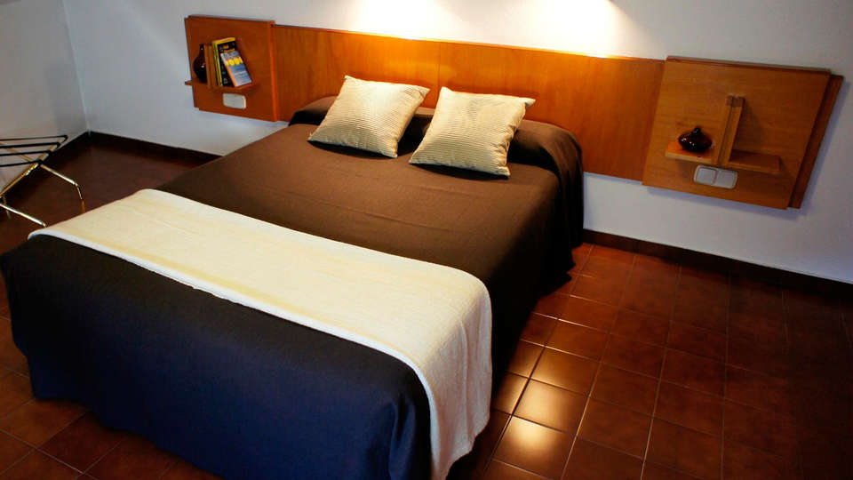 Hotel & Aparthotel SERHS Cosmos Andorra - EDIT_room1.jpg