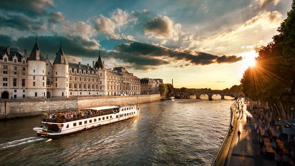 Quality Suites Bercy Bibliothèque Paris 13 - Edit_Paris3.jpg