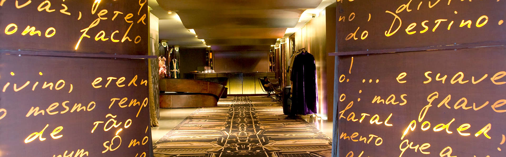 PortoBay Hotel Teatro By Ymspyra - Edit_Reception2.jpg