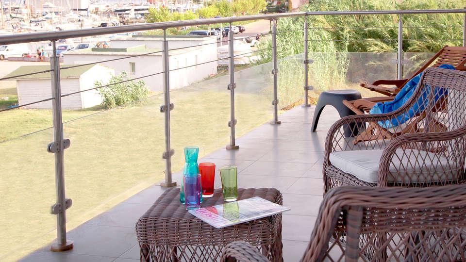 Adonis Macinaggio - EDIT_2_terraza.jpg