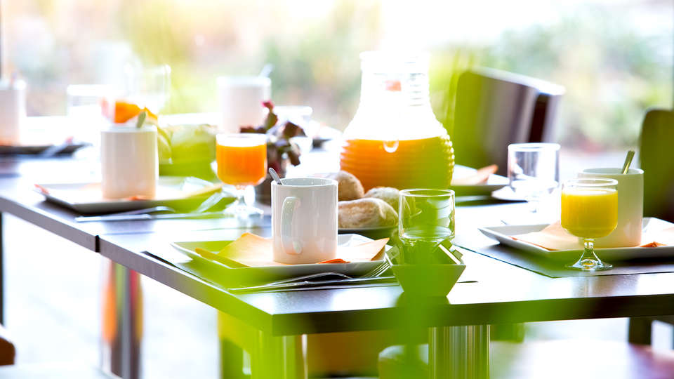 All Suites Appart Hotel Bordeaux Lac - Résidence  - Edit_Breakfast2.jpg