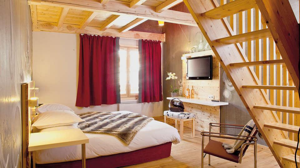 Anova Hôtel et Spa - EDIT_17_Room.jpg