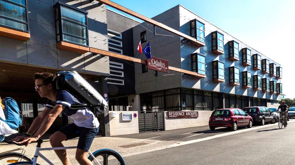 Appart'hôtel Odalys Archipel - EDIT_exterior.jpg