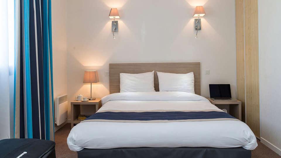 Appart'hôtel Odalys Archipel - EDIT_room.jpg
