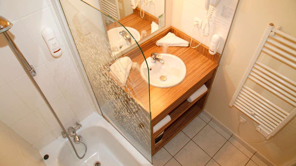 Appart'hôtel Odalys Atrium - EDIT_bath.jpg