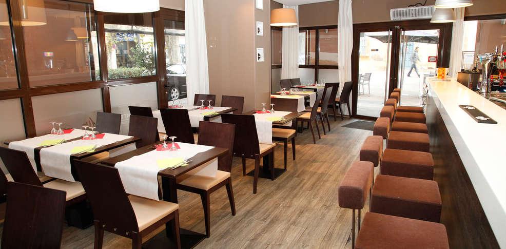 Appart 39 h tel odalys atrium 3 aix en provence france for Appart hotel bretagne sud
