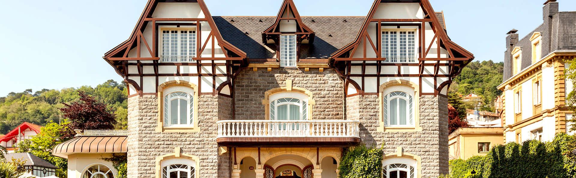 Hotel Villa Soro - Edit_Front4.jpg