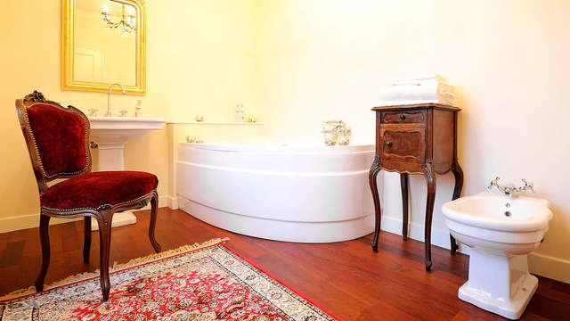 Weekend romantico con idromassaggio in camera in villa storica del XIX secolo