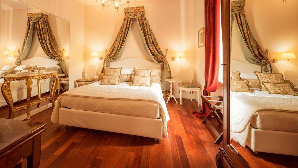 Duchessa Margherita - Edit_Room6.jpg