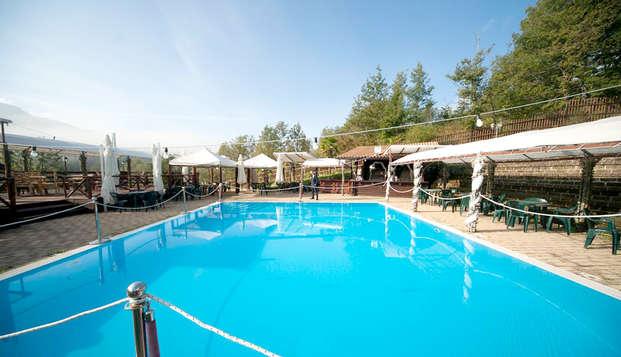 Vacanza in Abruzzo a Gamberale in un albergo con piscina