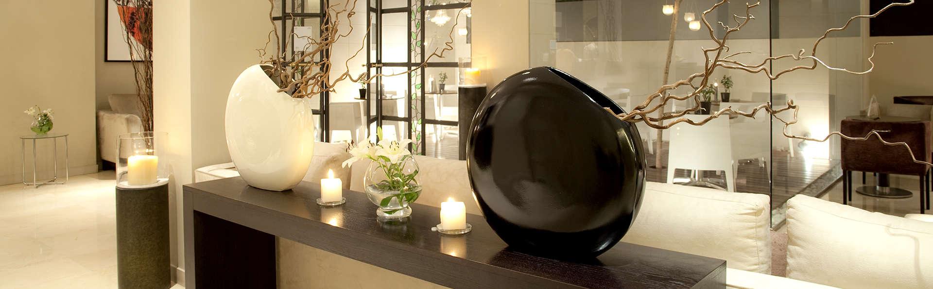 Hotel Taburiente - Edit_Lounge.jpg