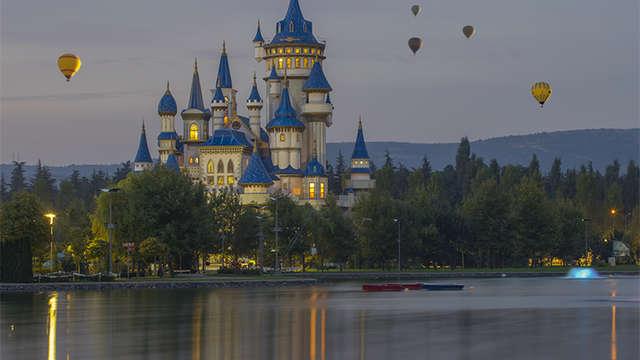 Divertimento con tutta la famiglia con l'ingressi a Disneyland® Paris (1 giorno/2 Parchi)