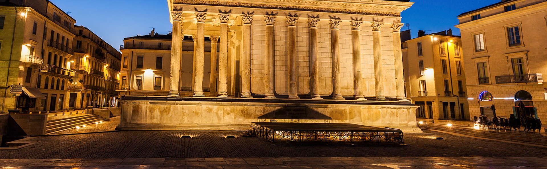 Week-end en chambre supérieure en plein coeur du centre historique de Nîmes
