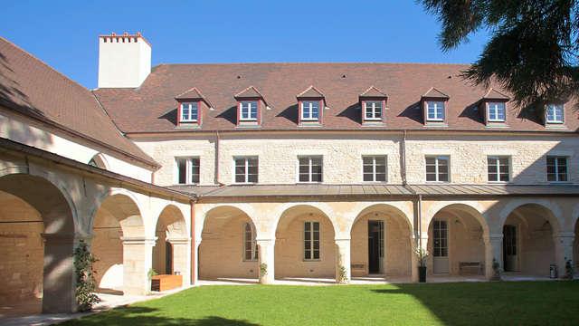 Week-end détente en famille avec accès SPA dans un ancien cloître de Dijon