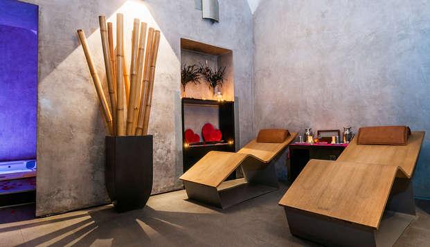 Lujo y Relax en una Suite Dúplex con Spa privado, cava y bombones en pleno centro de Mérida