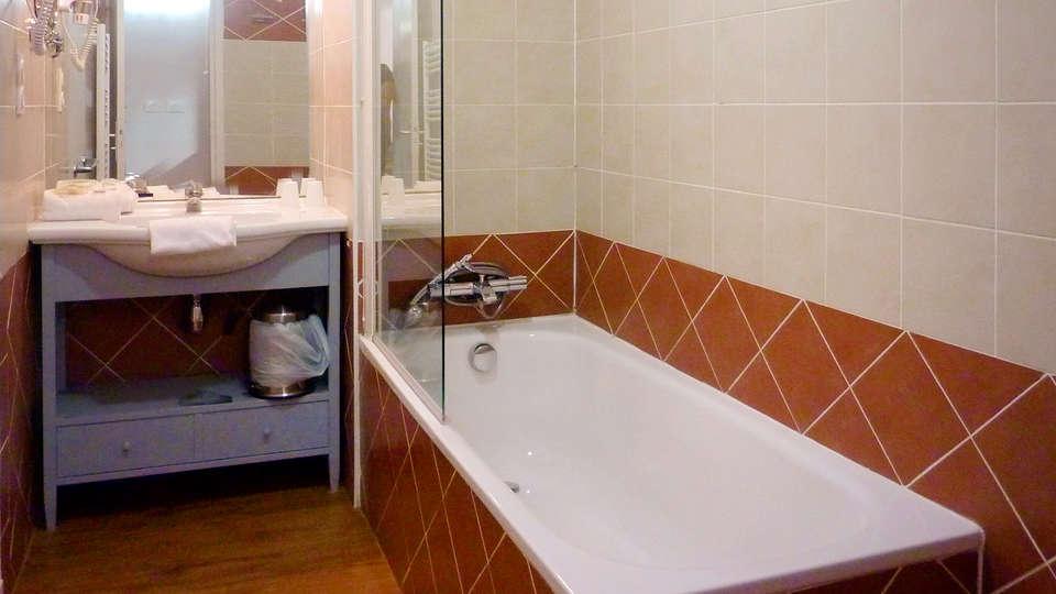 Appart'hôtel Odalys Les Floridianes - EDIT_Banyo1.jpg
