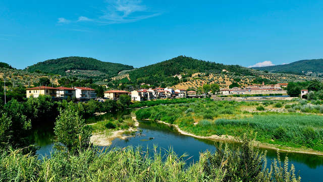 Romantisme entre les collines de Toscane
