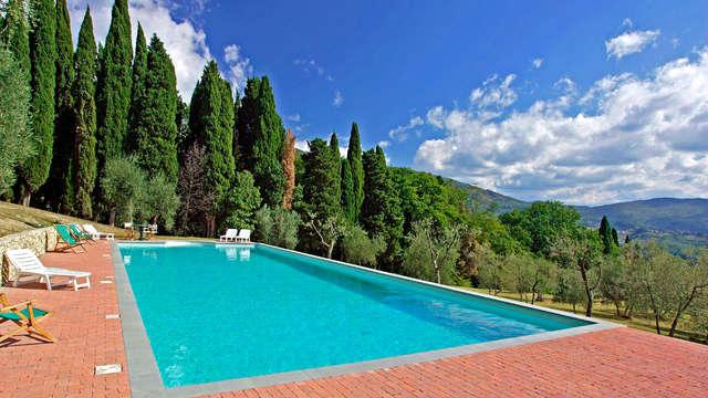 Regálate 2 días de relax y bienestar en una preciosa casa de campo en la Toscana