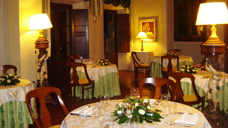 Il Trebbiolo Relais - EDIT_restaurant1.jpg