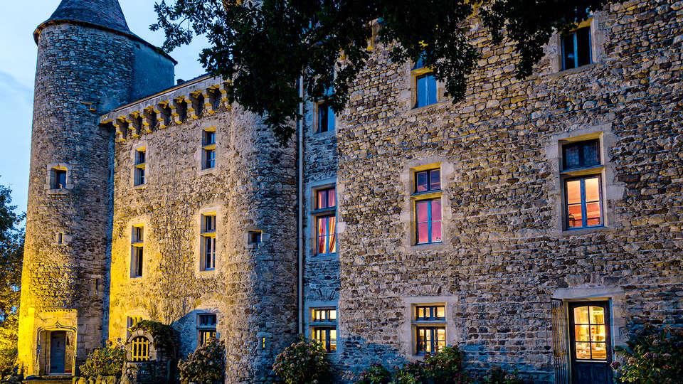 Château de Codignat - Edit_Front5.jpg