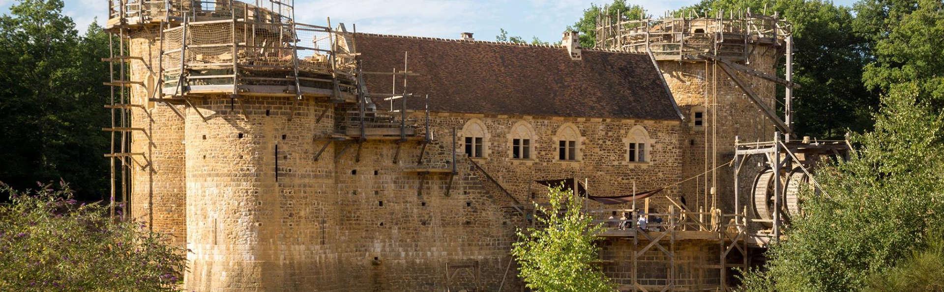 Entrée au chantier médiéval du Château de Guédelon et séjour 3* à Magny-Cours