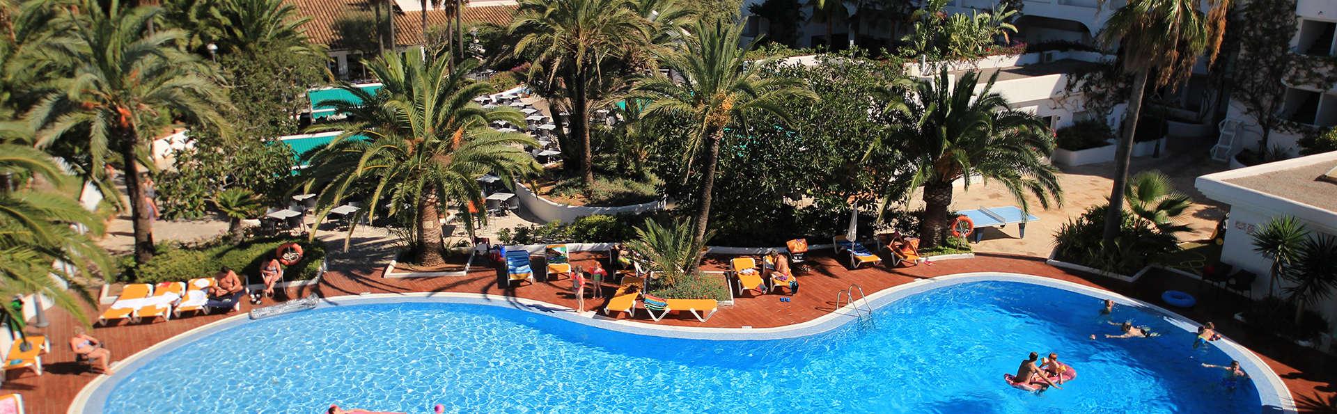 Oferta especial a Mallorca: Apartamento para 2 adultos y 2 niños