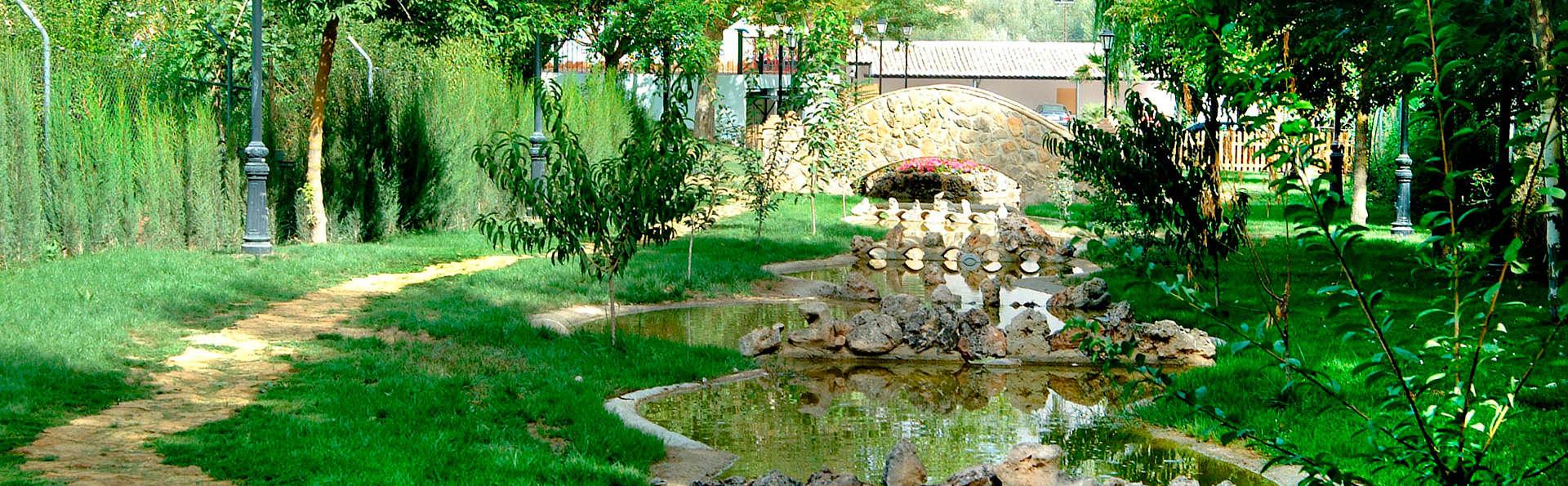 Hotel Huerta de las Palomas - EDIT_garden1.jpg