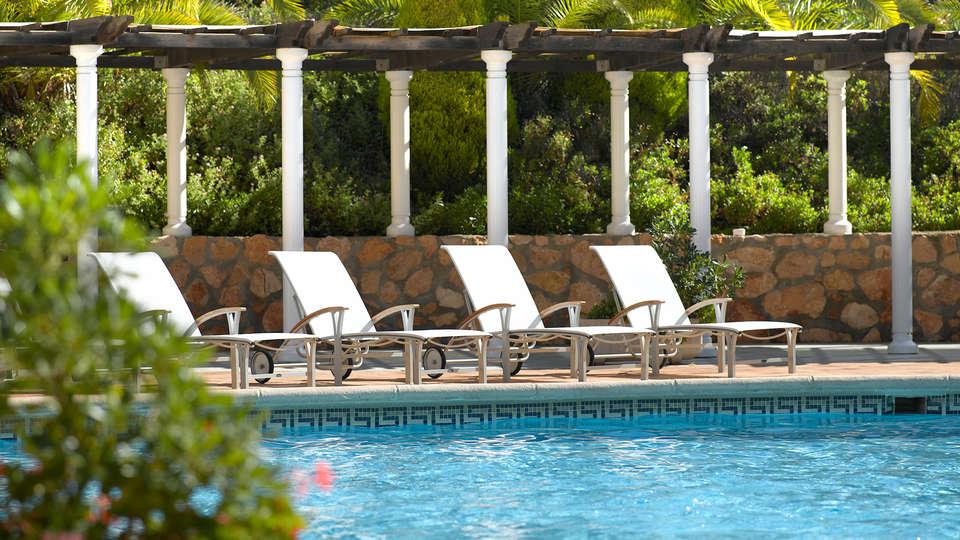 Las Lomas Village - edit_new_La-Pergola-pool-2.jpg