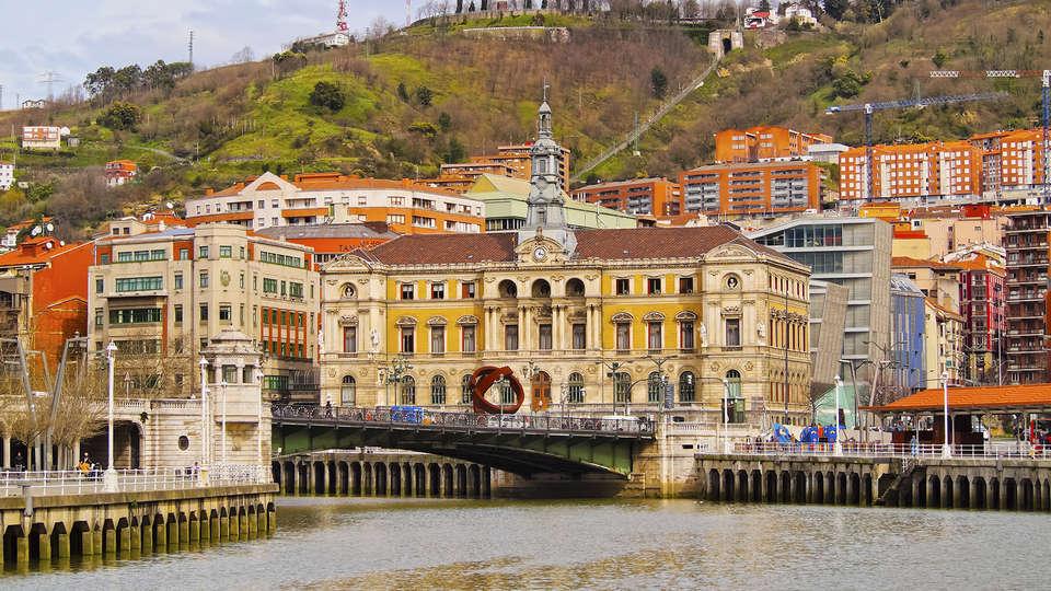 Hotel Puerta de Bilbao - Edit_Bilbao2.jpg