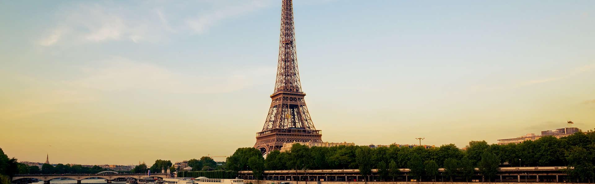 Séjour aux portes de Paris avec croisière sur la Seine