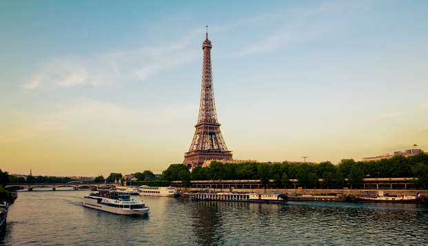 Descubre París paseando por el Sena