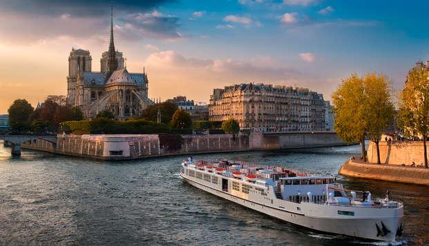 Descubre los grandes monumentos de París durante un crucero por el Sena