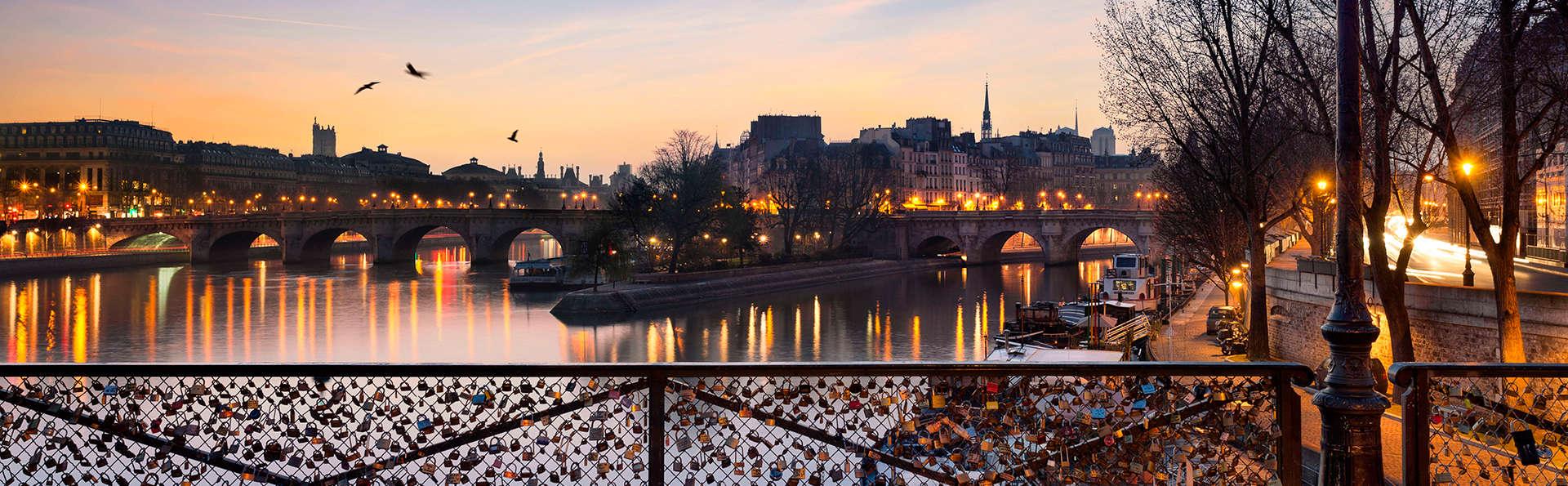 Passez un été à Montmartre et profitez d'une croisière sur la Seine !