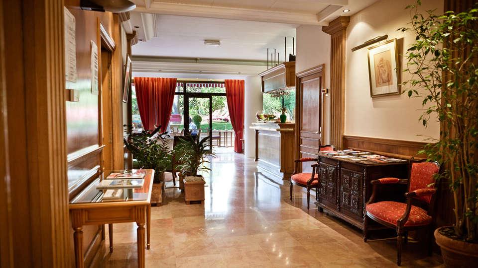 Hôtel Sun Riviera - edit_hall.jpg