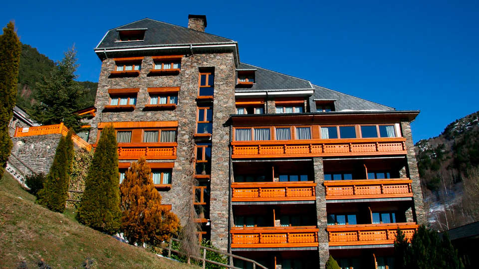 Hotel & Spa Bringué - edit_front.jpg