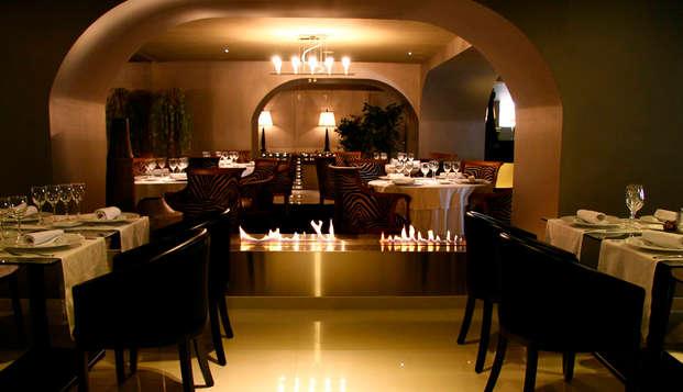 Escapada con cena en un hotel de diseño rodeado de montañas