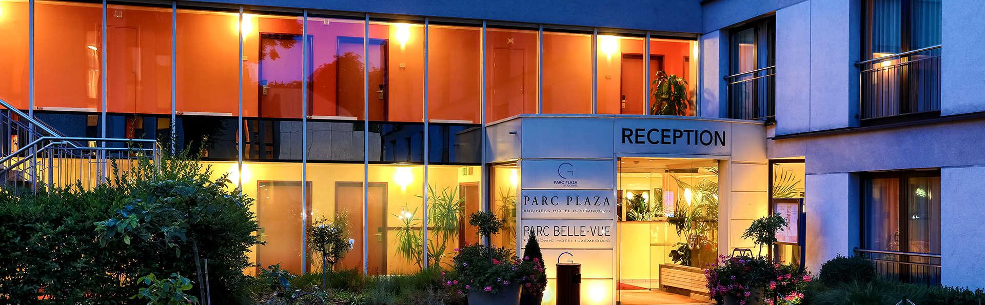 Hotel Parc Plaza - Edit_Front2.jpg