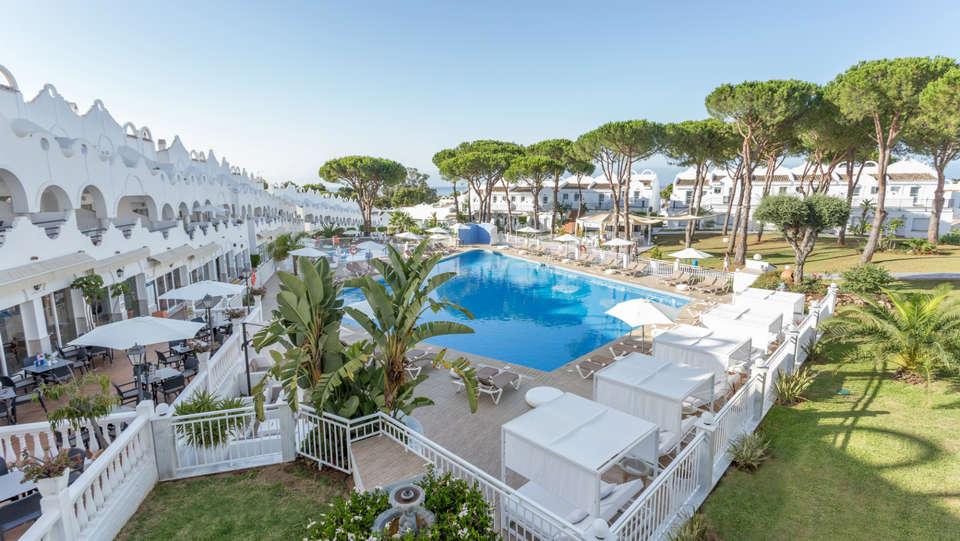 Vime La Reserva De Marbella - edit_piscina2.jpg