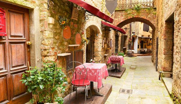Vive la tradición de un burgo medieval en el corazón de Toscana