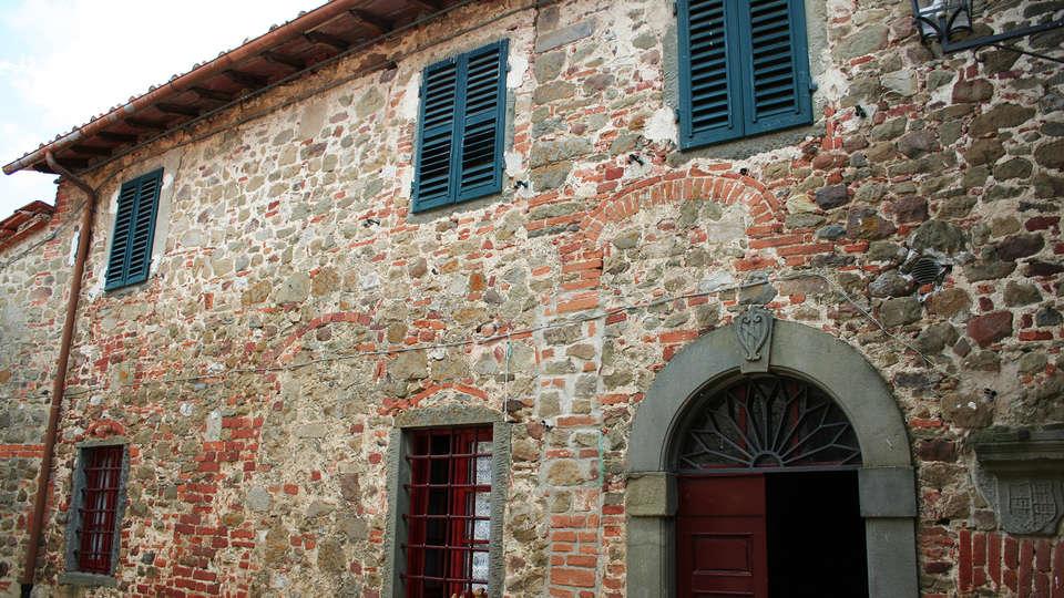 Fattoria Castello di Starda - EDIT_front3.jpg