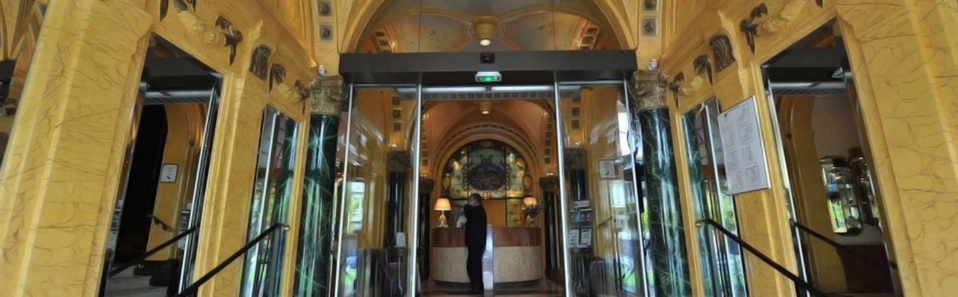 Best Western Hôtel d'Anjou - Edit_Reception.jpg