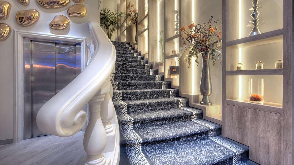 Best Western Plus Nice Cosy Hôtel  - Edit_Hall2.jpg