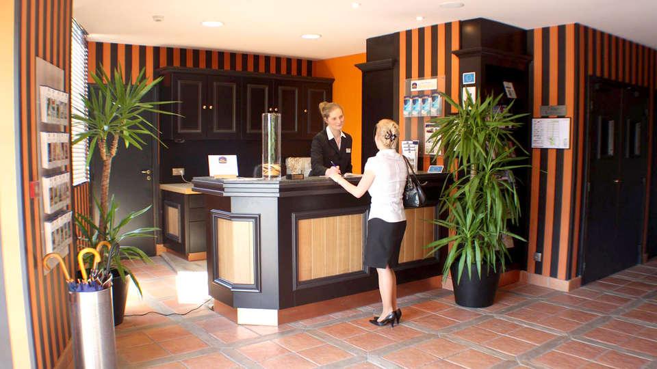best western La Métairie - Edit_Reception.jpg