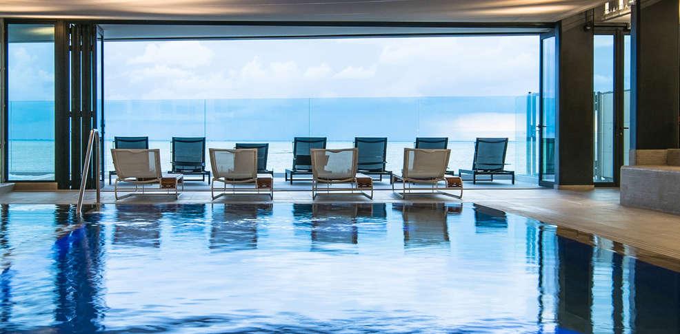la grande terrasse hotel spa la rochelle mgallery by sofitel 4 chatelaillon plage france. Black Bedroom Furniture Sets. Home Design Ideas