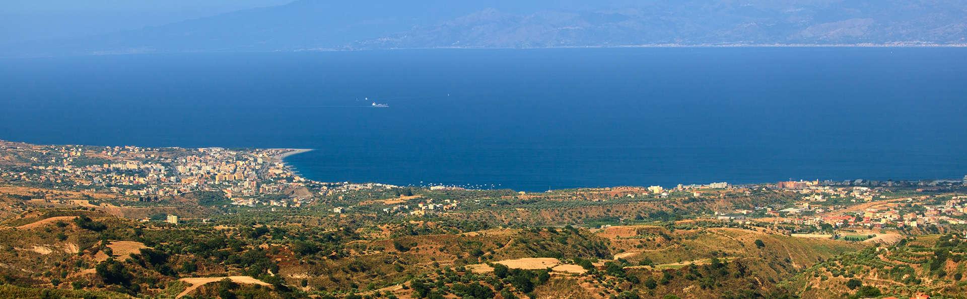 Reserva ahora y ahorra: 3 noches en un 5 * en Bovalino Marina, en la Costa dei Gelsomini