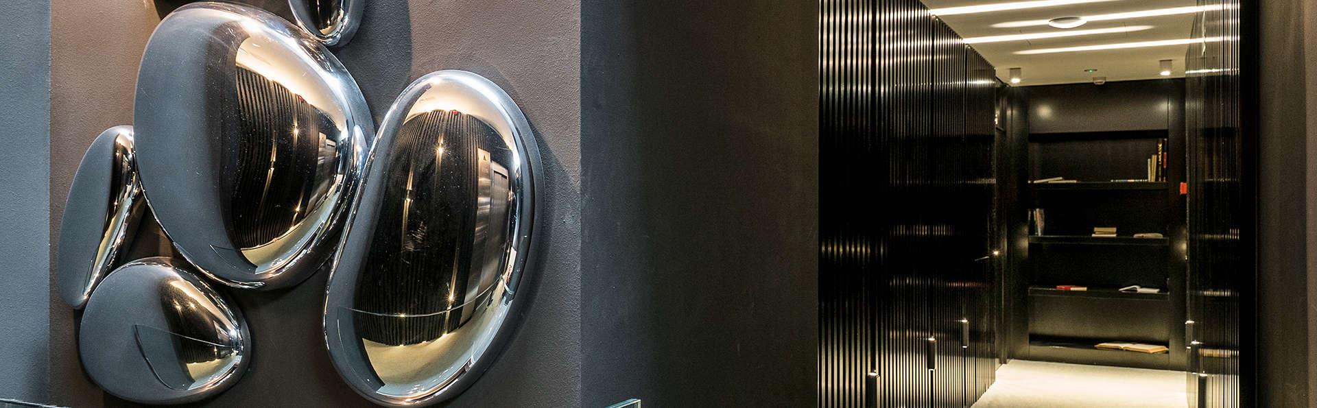 Aire Hotel & Ancient Baths  - Edit_Detail.jpg