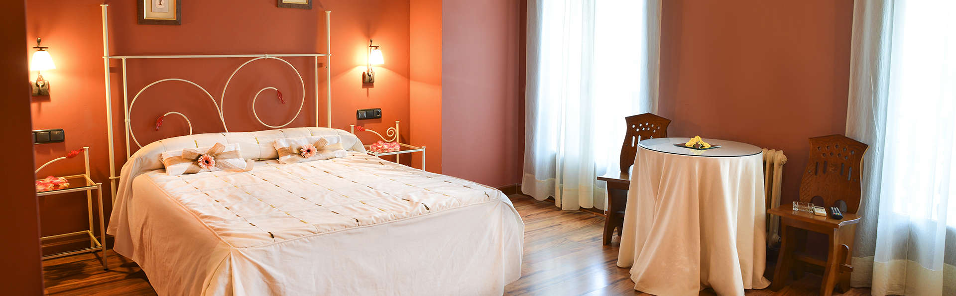 Hotel Jefi - Edit_Room112.jpg