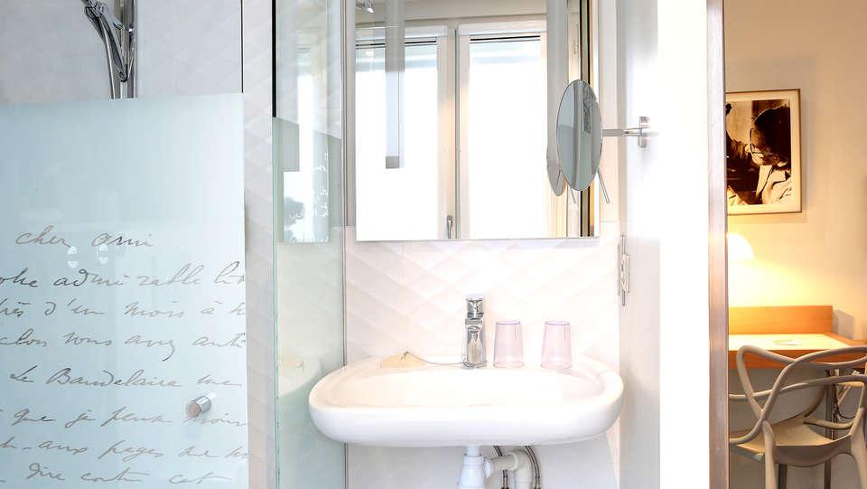 Best Western Premier Hôtel Littéraire Le Swann - Edit_Bathroom2.jpg