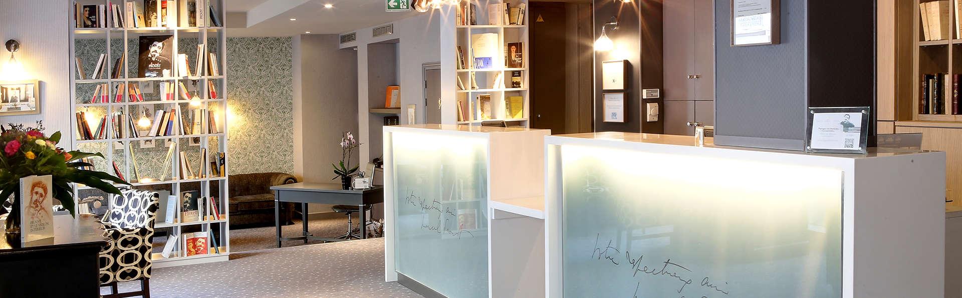Best Western Premier Hôtel Littéraire Le Swann - Edit_Reception.jpg